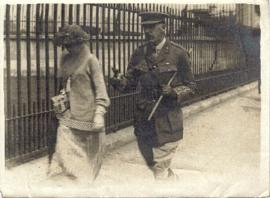 Arthur Montague Colvile & wife Phyllis Margaret nee Innes to Buckingham Palace to receive DSO