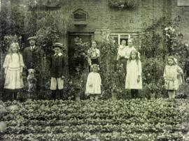 The White family who lived in Sandford Cottage from at least as early as 1900