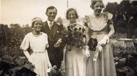 Wedding photograph of Stan Hawkins & Mavis Horne