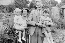 Frances & John Henly with children Roy and Margaret c1950