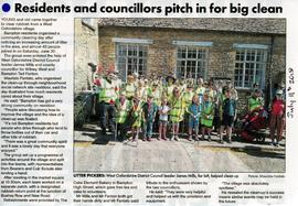 Bampton residents organise a mass clean-up around Bampton